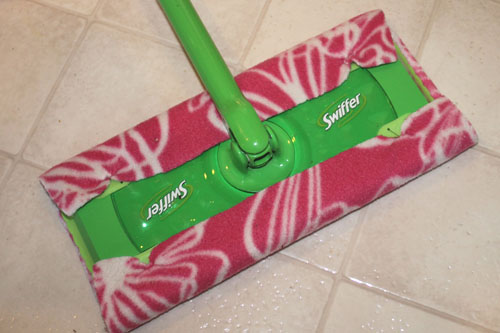 Make Your Own Reusable Swiffer Floor Mop Cloths The